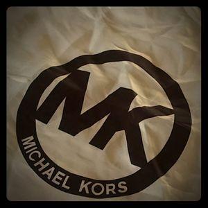 XL michael Kors Dust Cover for Handbag
